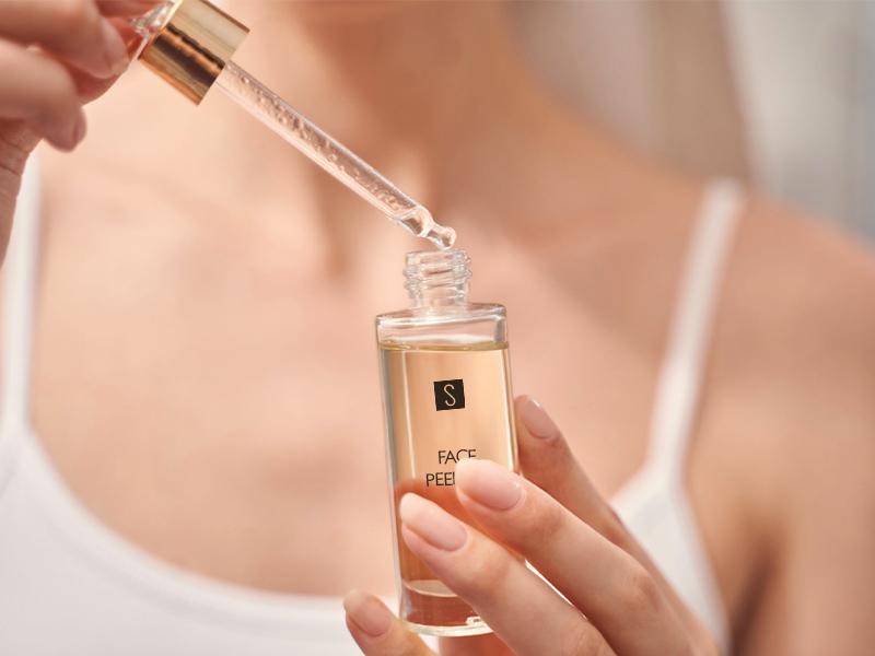 Säuren und Hautpflege: die meistverwendeten Inhaltsstoffe in der Kosmetik