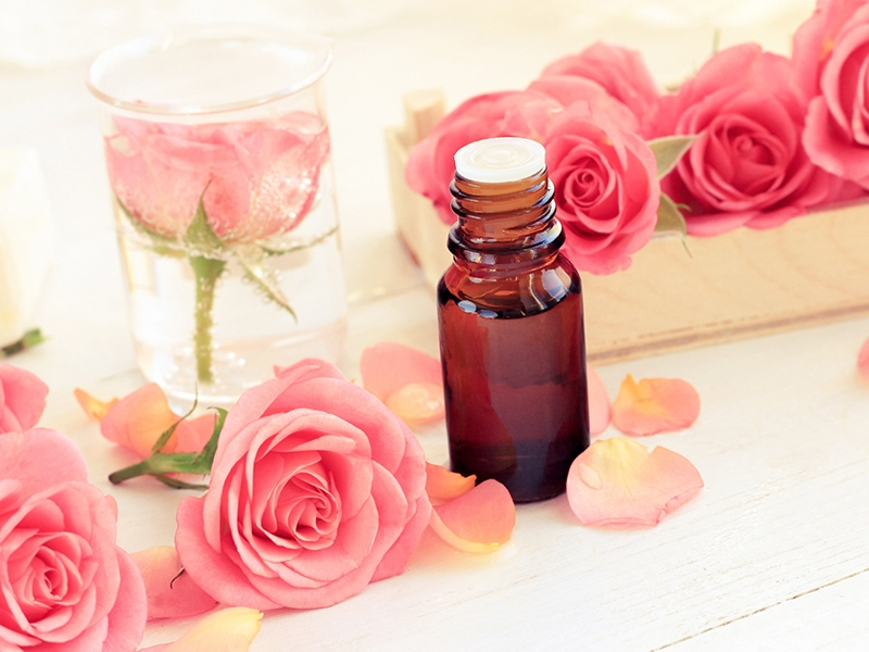 Aromatherapy and essential oils for your wellness