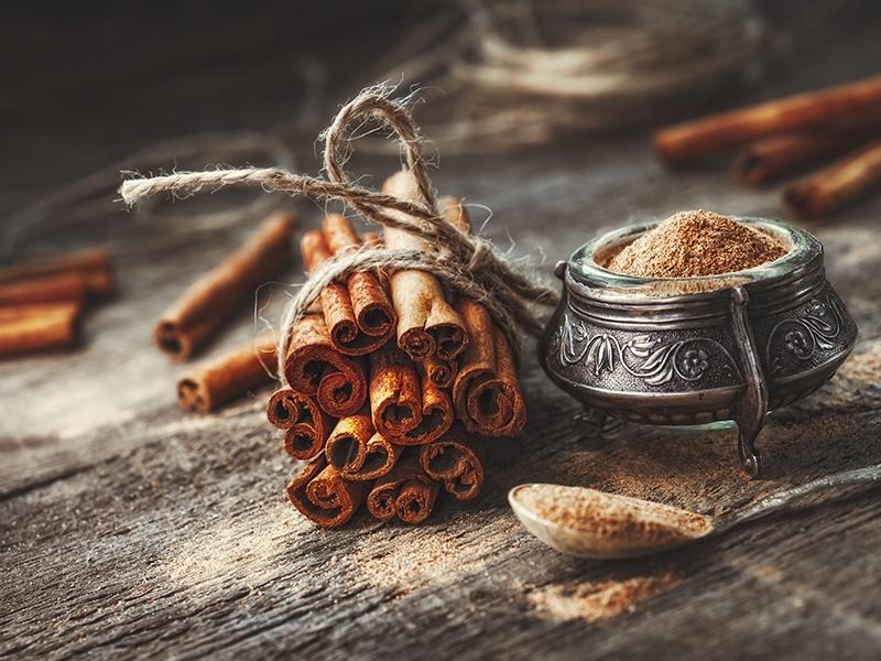 Contenitori per cosmetici bio fai-da-te: 4 ricette per prepararsi all'autunno