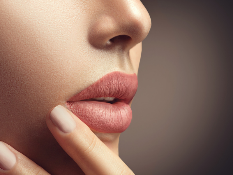 Lip tint: the secret for a perfect makeup