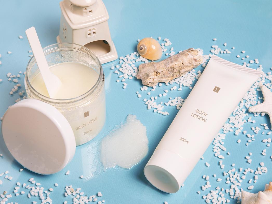 Reinigen und erhellen Sie Ihre Haut mit einem Peeling