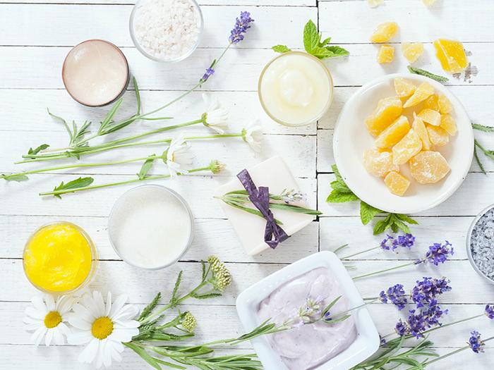 Combattere il freddo con dolcezza: 5 ricette homemade nei contenitori per creme