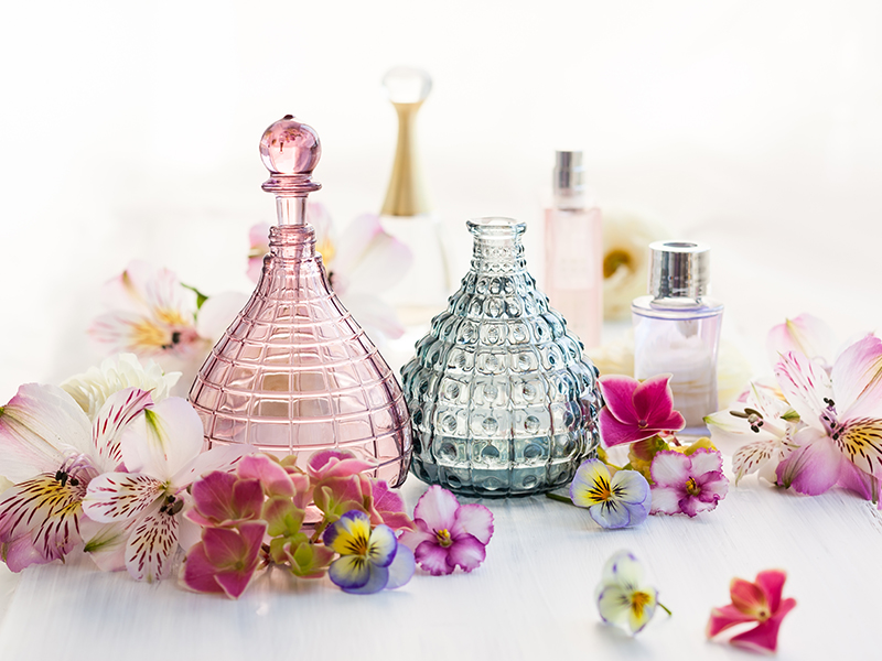 How to choose the most suitable perfume bottles for each brand