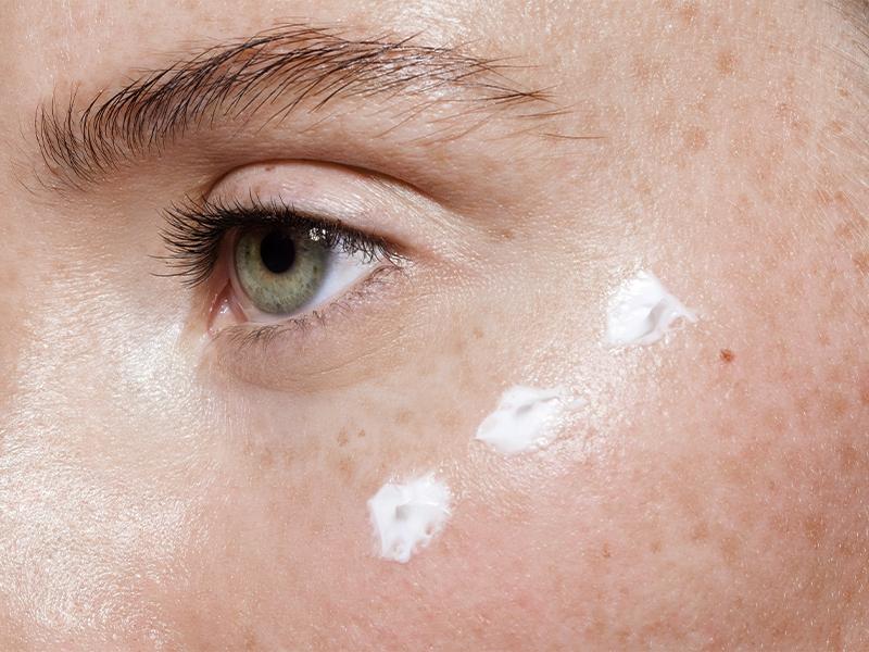 Anti-Maskne Schönheits Routine