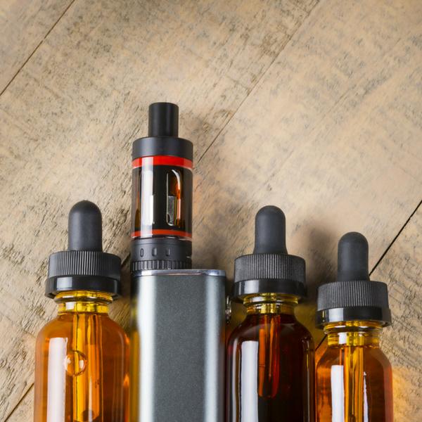 Contenitori di liquidi e aromi per sigarette elettroniche