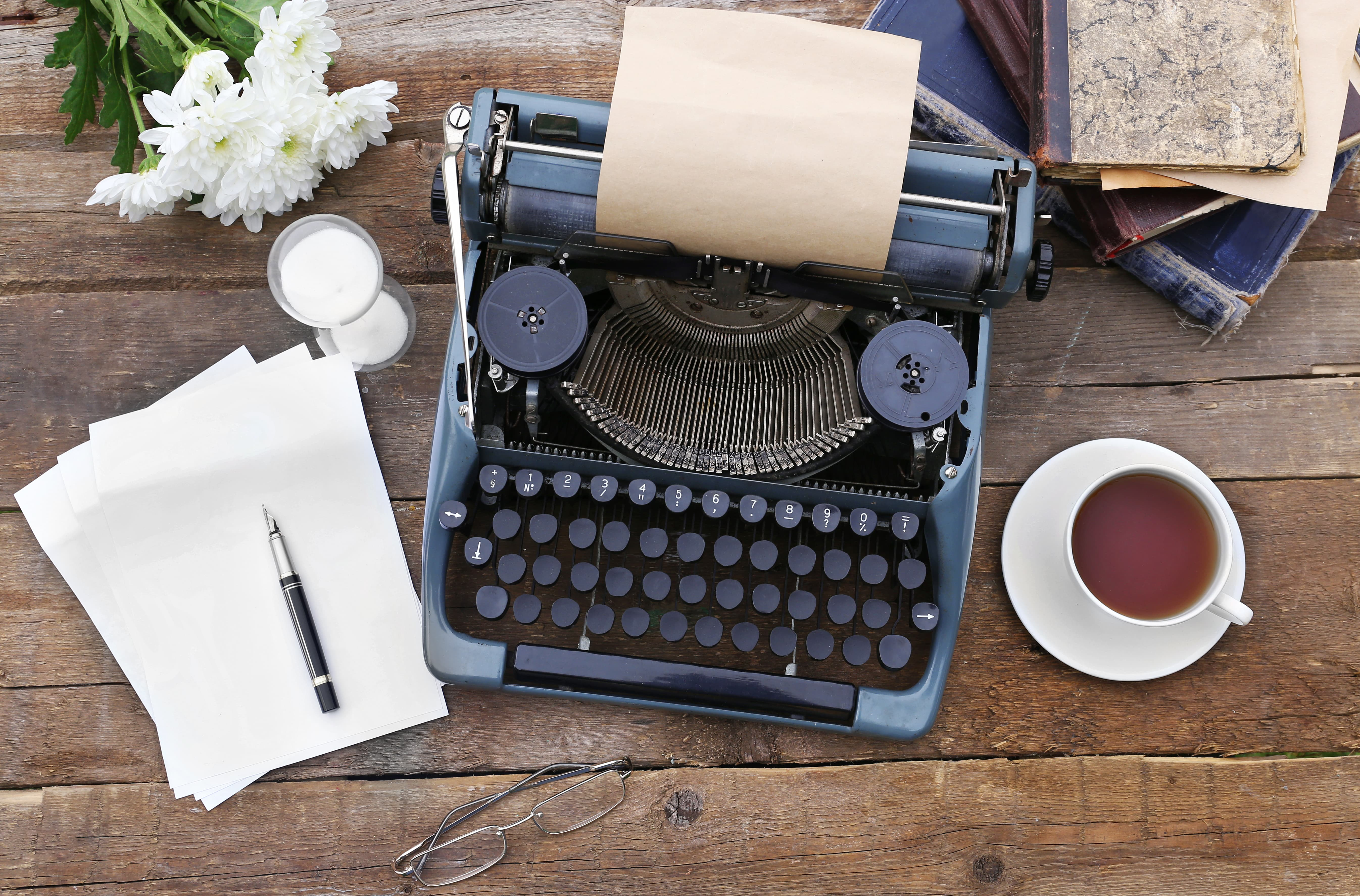 Dora Baghriche e la passione per la scrittura