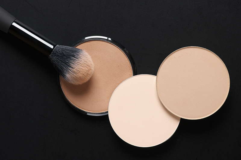 cosmetic packaging for concealer and foundation