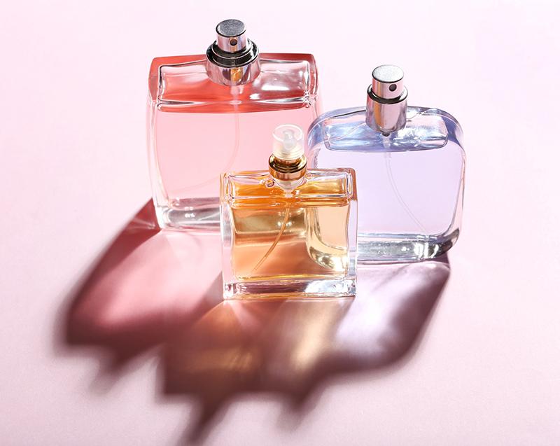 Boccette di vetro per la tua linea di profumi